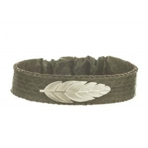 BETTY BOGAERS BRACELET TIGER INDIAN B575 Silver Indian Feather Leather Bracelet GREEN 44,95