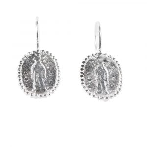 E839 Silver REBELLION EARRING Oval Maria Coin Hook Earring 39,95 euro