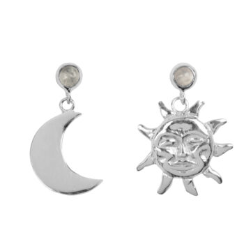 E2075d Silver Sun and Moon Moonstone Stud Earring Silver 34,95